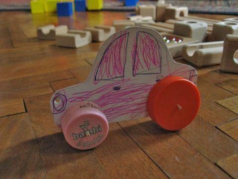 increíbles juguetes de cartón para niños   Bebestilo