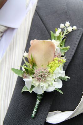 Flower Design Events: Groom's Cafe Latte Rose Boutonniere, like this but with a different colored rose, maybe blush?