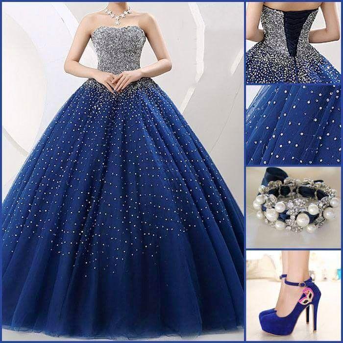 Vestido de 15 años color azul hesmoso