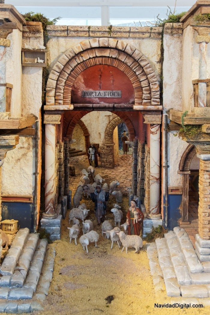 Rebaño de ovejas en el Belén Plaza de Salvador Dalí (Madrid, 2014)