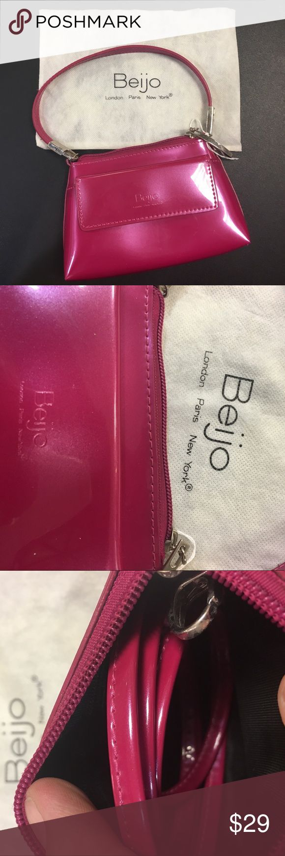 BEIJO CROSSBODY BRAND NEW AND NEVER WORN!!! Comes with original dust bag to keep your bag in Mint condition 👌. Also come with shoulder strap. beijo Bags