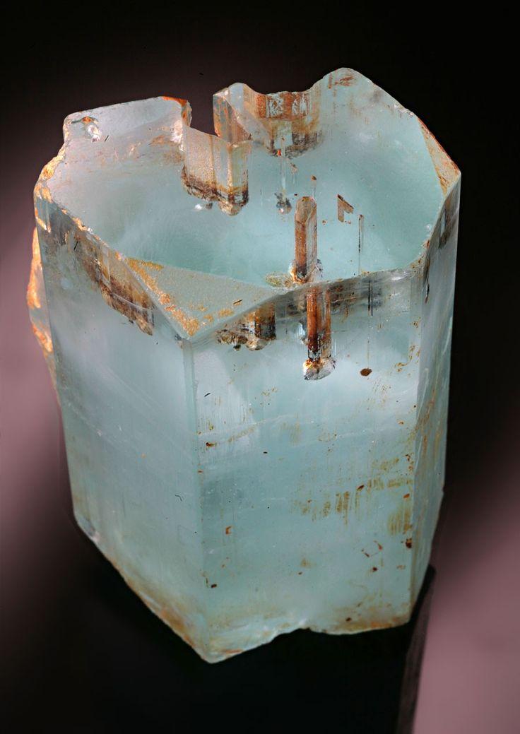 Aquamarine with Garnet inclusions - Gelkigan, Pakistan