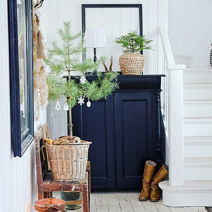 Decoration Examples: Christmas Corridor Decoration Examples To Impress Your