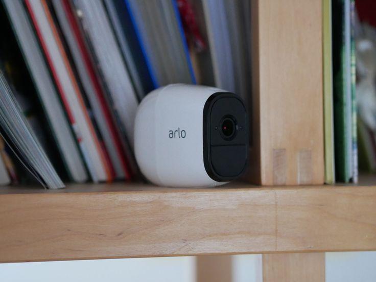 Netgear Arlo Pro - kabellose Outdoor-Überwachungskamera im Test: https://www.housecontrollers.de/hausueberwachung/netgear-arlo-pro-test-ueberwachungskamera-akku/