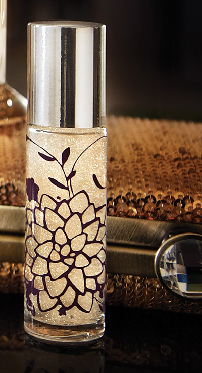 MMM...Moonflower One of my favorite scents. Pin-It-To-Win-It: Thymes Moonflower Shimmering Cologne Rollerball