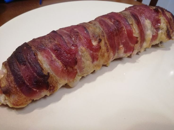baconös-sajtos hústekercs