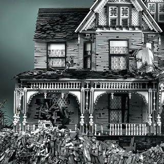 Doyle house halloween decor