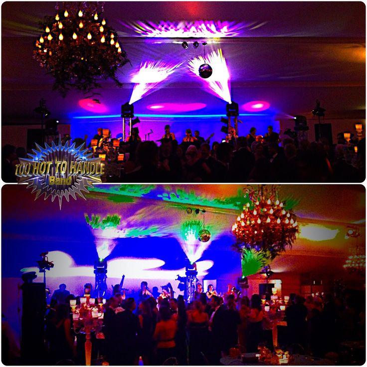 Feestband, Partyband, Danceband voor úw bruiloft | huwelijk, zakelijke bijeenkomst, personeelsfeest of event? TooHottoHandleBand is dé Band én specialist met jarenlange ervaring voor een onvergetelijk feest?  #TooHotToHandleBand #partyband #coverband #feestband #danceband #bruiloftband #bruiloft #huwelijk #trouwen #gala #personeelsfeest #bedrijfsfeest #event #evenement #businessevent #congres #Kick-off #locaties #events #vrijgezellenfeest #aanzoek #TooHotToHandleBand