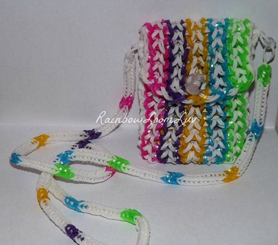 PURSE - RAINBOW LOOM - wonder how many rubber banz that would take?!?!?!?!?!?!?!?!?!?!?!?!?!?!