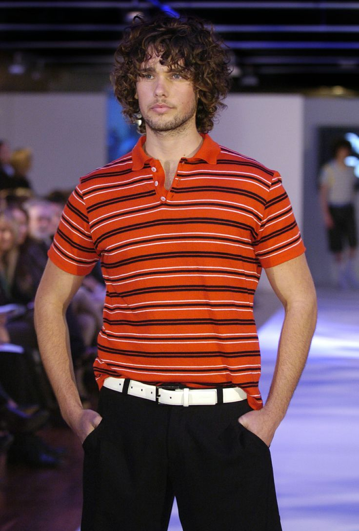Concervative & cool replaces big & bold. Cleaner looks are emerging in new season offers for the young urban male as chaotic patterning in streetwear is toned down and pants become narrower as part of a broader shift to a more conservative style in menswear. #oscarcalvo #menswear #mensclothing #mensfashion