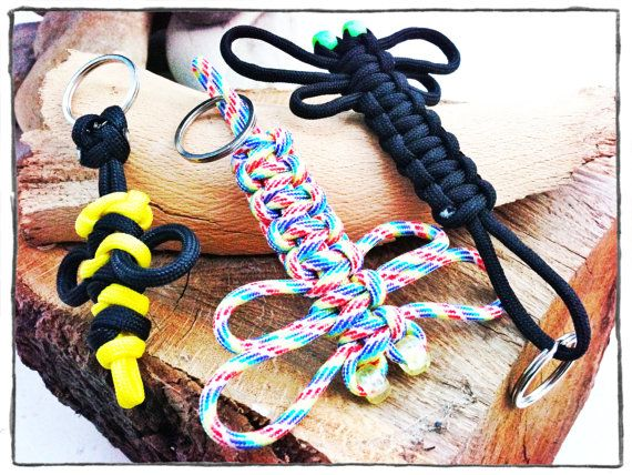 how to make a paracord keychain fob