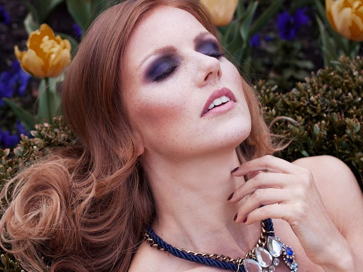© www.stephanieverhart.com Model: Tjitske @ Innocence model agency Make-up/hair/styling/photography: Stephanie verhart