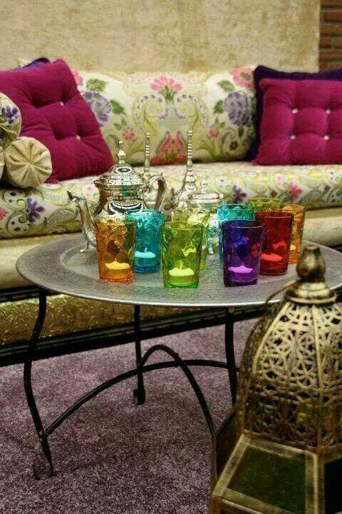 Best 25 salon marocain ideas on pinterest salon plus - Salon marocain bleu roi ...