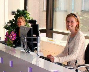 dental receptionist jobs