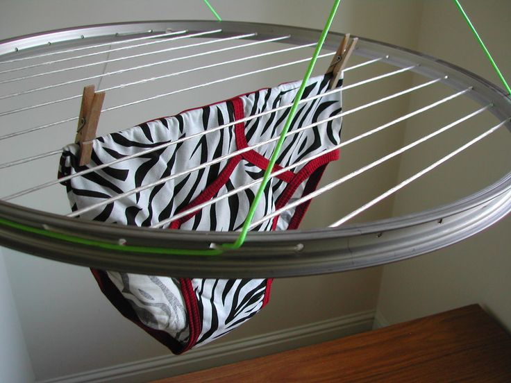 Okay, looking past the underwear (classy), the idea of parallel cords opens up ideas for display opportunities.