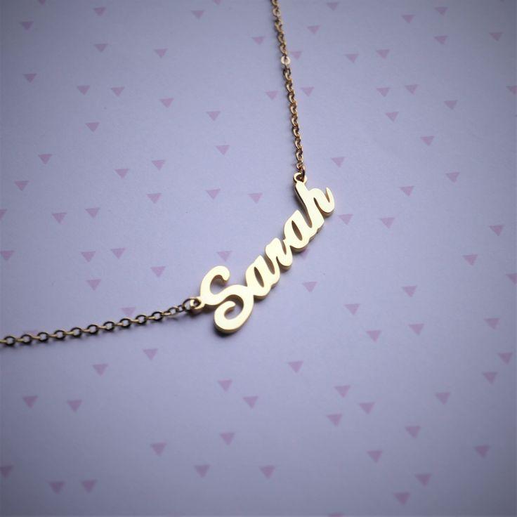 Collier Prénom Personnalisé doré - Cadeau pour fille par FeeMoi1Bijou sur Etsy https://www.etsy.com/fr/listing/560814936/collier-prenom-personnalise-dore-cadeau