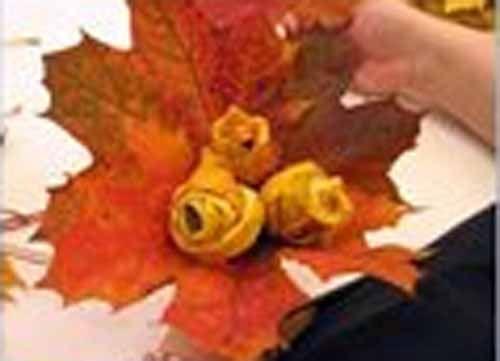 Поделки. Осенний букет. Осенние поделки своими руками из осенних листьев. Букет из листьев клена. Шаг 12