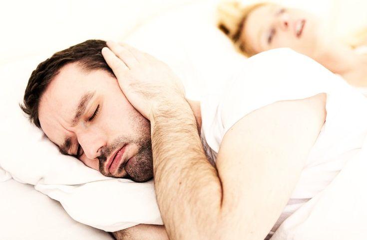 Un apparecchio dentale antirussamento vi aiuterà, anche a risolvere i problemi relazionali provocati dal russamento continuo.