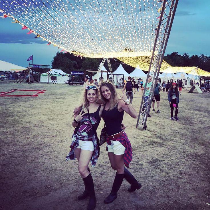 #partytime #partygoeson #voltfesztival #volton #summerstartsnow #tankcsapda #gumicsizma #festival #windyday #volt #letshavefun #girlsjustwannahavefun #sopron