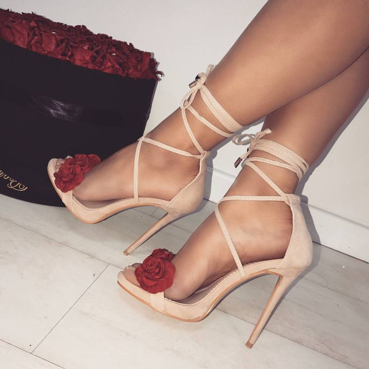 """5,708 Likes, 20 Comments - WWW.SIMMI.COM (@simmishoes) on Instagram: """"Can't get enough of these new ones ❤️ Shoes: Amira - £35.00 Shop: simmi.com #SIMMIGIRL"""""""