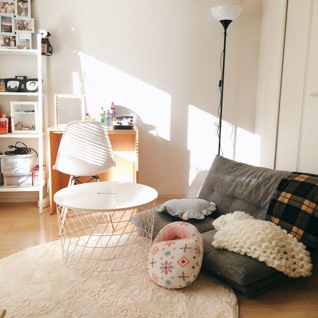 yukichii_さんの、部屋全体,無印良品,IKEA,ハンドメイド,一人暮らし,北欧,ニトリ,プチプラ,ひとり暮らし,IKEA 照明,シンプルライフ,パステルカラー,プチプラインテリア,ひとり暮らしをとことん楽しむ!,ホワイト インテリア,賃貸でも楽しく♪,chunky knit blanket,のお部屋写真