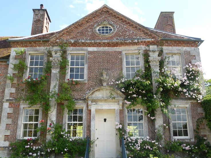 Facade of Reddish House in the Chalke Valley, where Cecil Beaton moved to after leaving Ashcombe House. From Ben Pentrath's Inspiration blog