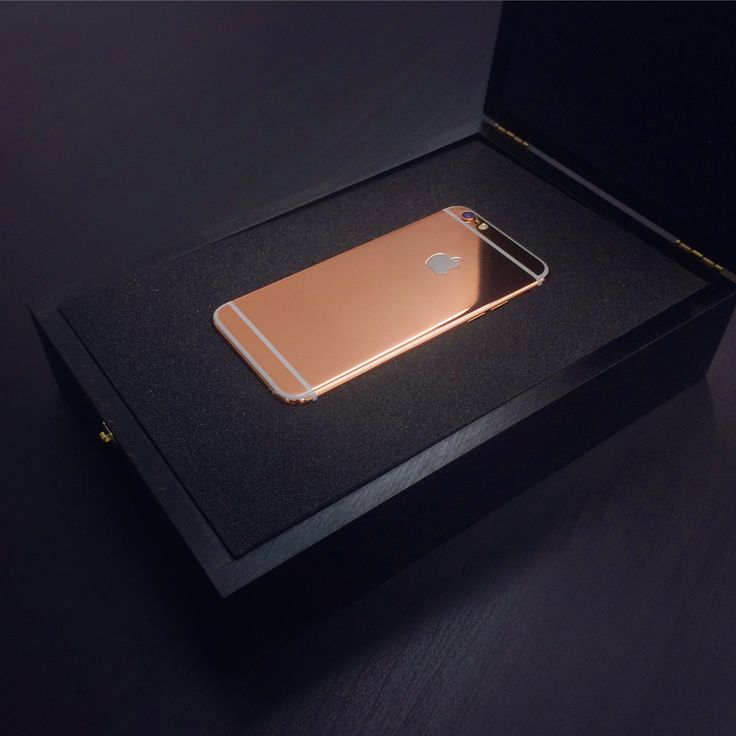 24ct rose gold iPhone 6 in luxury black wooden box