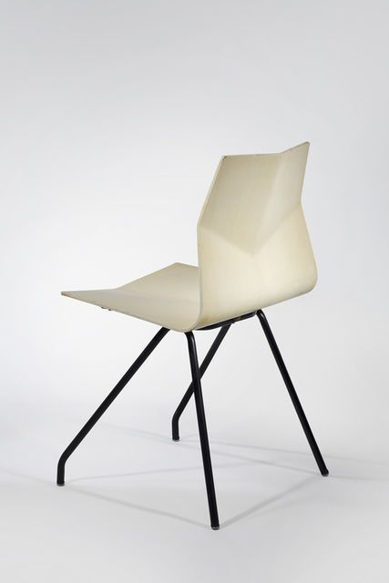René-Jean Caillette, Set of 6 Diamond Chairs (1958), White lacquered molded plywood, black painted metal legs, 80 × 45.7 × 45.7 cm