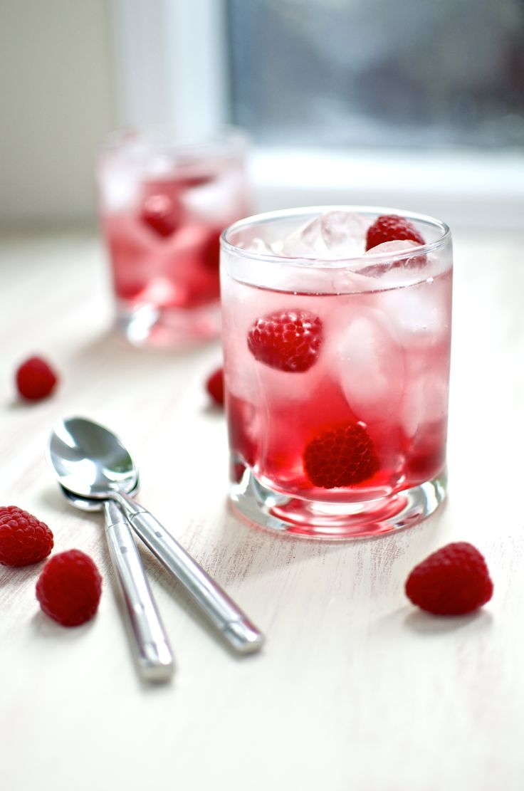Cran-Raspberry Spritzer Recipe: Valentines Day Drink! - Crafting and Parenting: Influential Mom Blogger