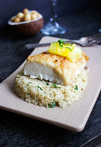 Macadamia Crusted Mahi Mahi {GF, Low Carb & Paleo} -Food Faith Fitness