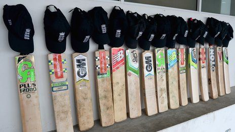 Phillip Hughes bat tribute