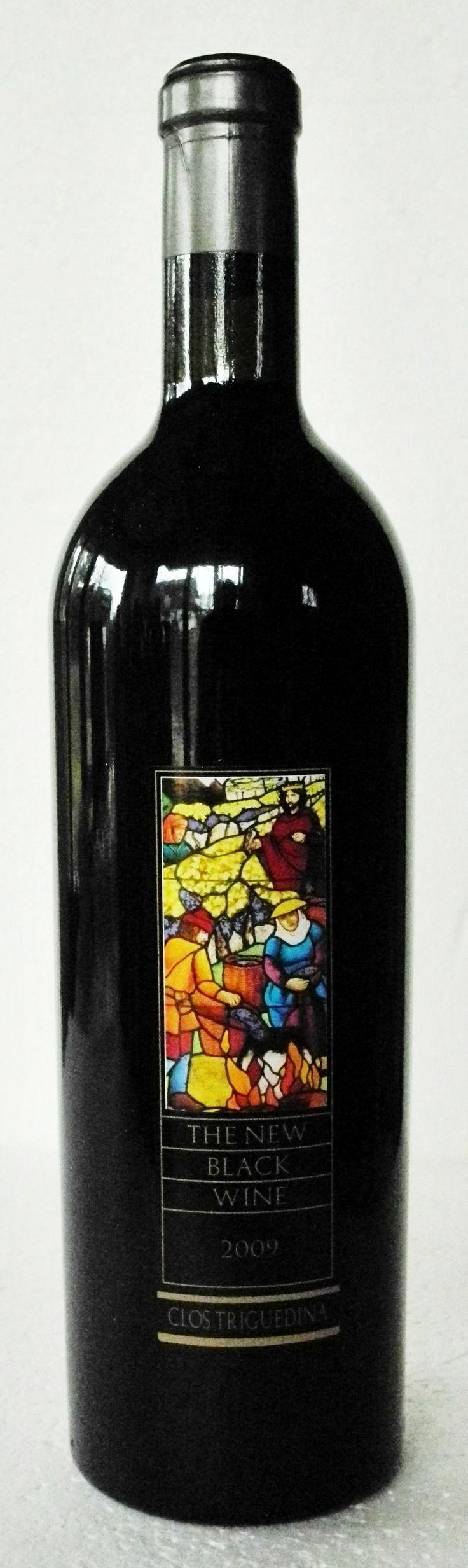 09. Februar 2014  --   Clos Triguedina: The Black Wine 2009, Malbec, Cahors AOC, France - Etwas stimmt mich immer nachdenklich: wenn Weine aus Frankreich englische Namen tragen und auf dem Etikett sogar englisch kommentiert werden. Dies ist hier der Fall. Ich schliesse daraus: Es ist kein Wein für die Franzosen. Dieser Malbec (in Cahors auch Auxerrois oder Côt genannt) wird wohl vorwiegend exportiert. Schon der Preis – um 70 CHF – verrät es.