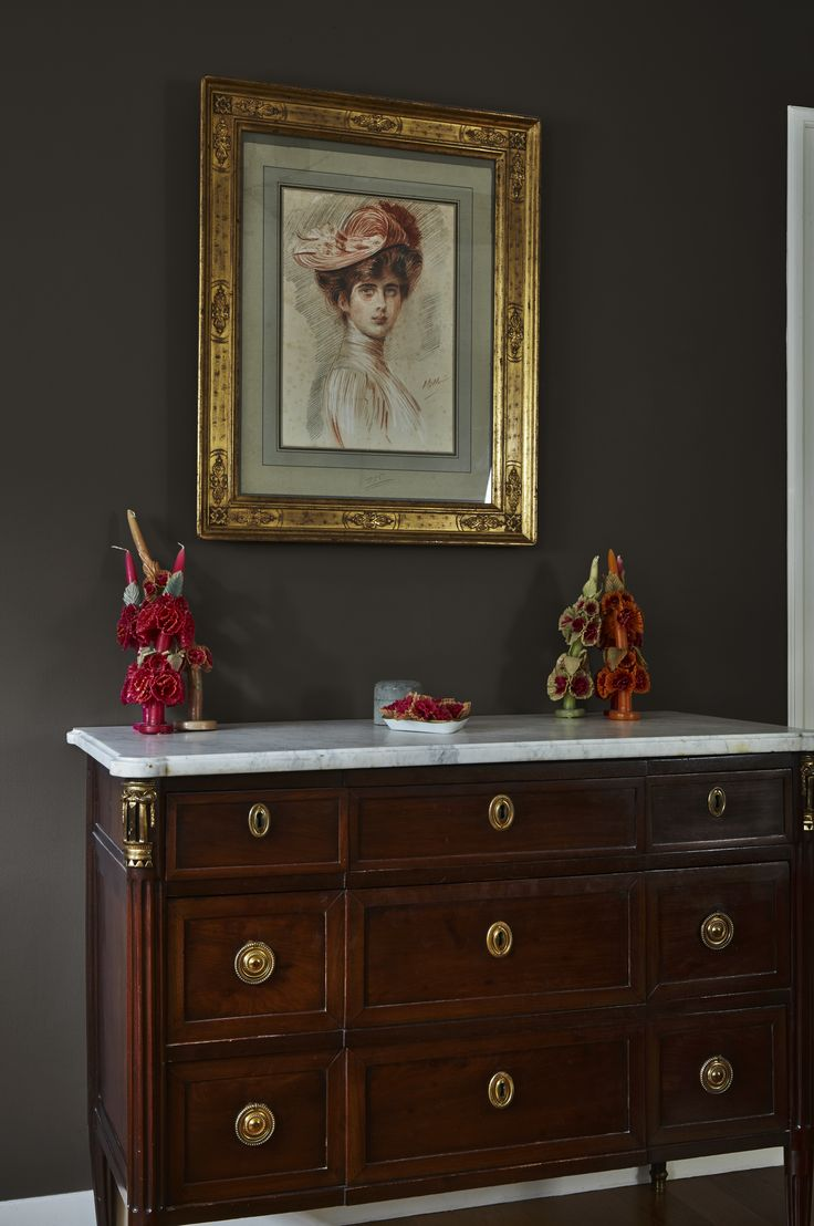 Scheme 19 - 19th century portrait set on a wall painted in London Clay from Farrow & Ball. From 'Living with Colour' book
