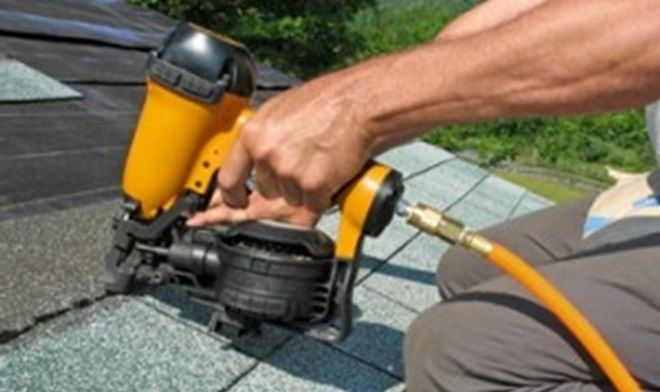 http://caromarkroofing.com/bellaire-roofing-contractors/ commercial roofing The actual advantages regarding engaging a respectable roofer.
