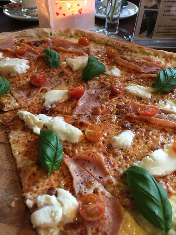 Tak Pizza tylko z Ptyś Cafe:)