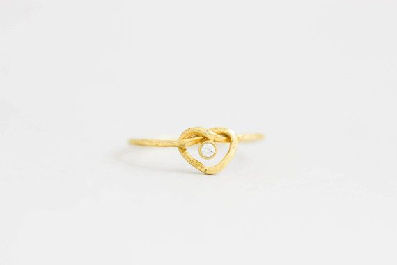 Knot Heart Ring cz Stone, Stacking Ring, Silver Heat ring, Silver Knot Ring, Dainty Ring for Women, Skinny Ring, Dainty Heart Ring, SR0195