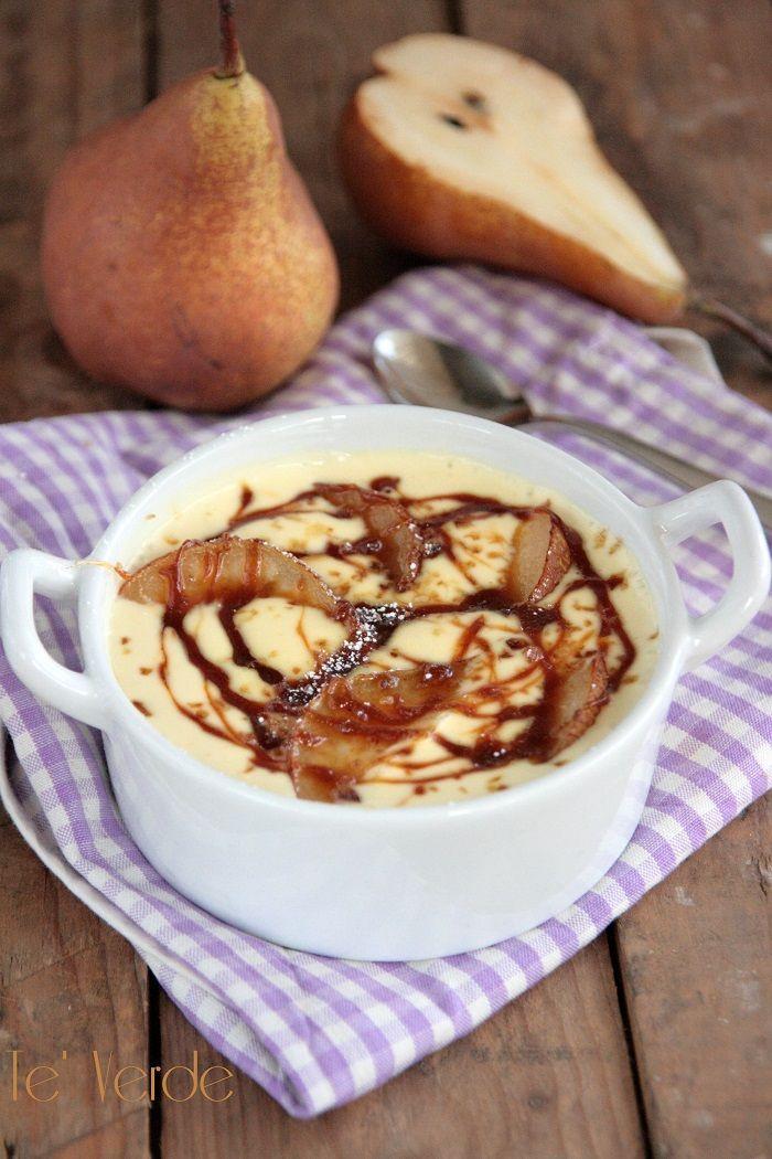 Crema di Formaggio e Pere - un dessert monoporzione, bello da vedere, leggero e gustoso con tutti i tipi di frutta, ma stupendo d'inverno con le pere.