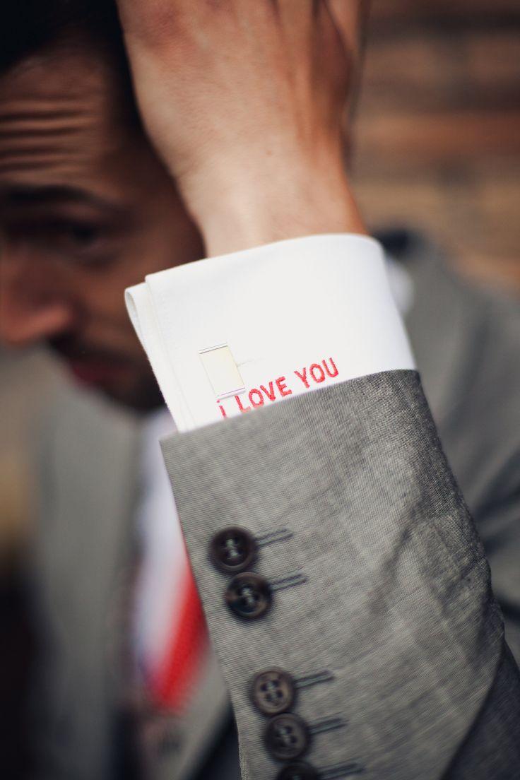 Manchet met I love you en let ook op de manchetknoop :) - Fotocredits: 2Rings