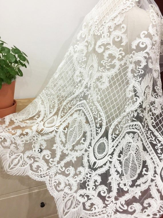 Graceful Off White Color For Bridal Gown,Prom Dress.Haute Couture Dress Lace Fabric.Wedding Dress Lace Fabric.Emboridery Lace