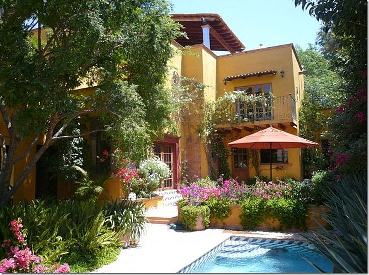 17 best images about spanish style on pinterest spanish for Spanish style homes with courtyards