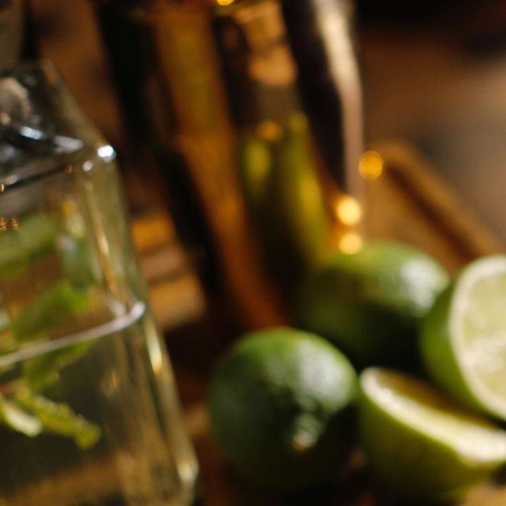 Chakra ........... #ostematto #drinkporn #sete #noalcoolnoparty #menta #camomilla #liquorgram