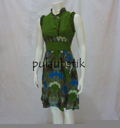 Dress batik model terbaru tanpa lengan yang bagus dipakai untuk menghadiri pesta kondangan dan desainnya cukup modern trendy pada berbagai kebutuhan anda