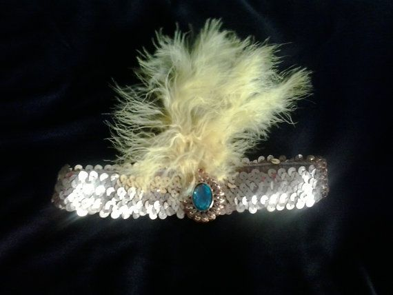 Base band - band, decorated with sequins gold color, with a large stone in the center and yellow feathers. #Egypt #EgyptianQueen #Cleopatra #hairornaments  #Halloween #Christmas #costumeparty