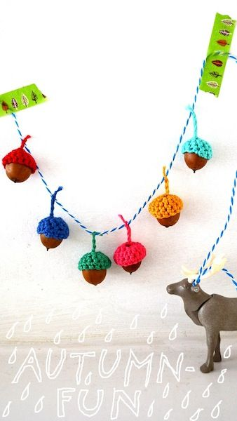 How-To: Crocheted Acorn Garland ✿⊱╮Teresa Restegui http://www.pinterest.com/teretegui/✿⊱╮