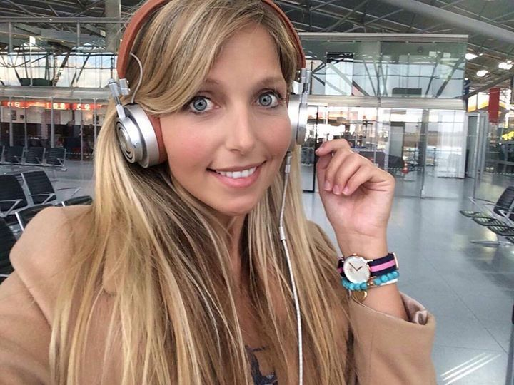 Hotels-live.com/pages/sejours-pas-chers - Off to tourism trade fair ITB Berlin And the music straight into my head with headphones by @masterdynamic watch by @danielwellington where you still get a discount with code: miss-everywhere  #airport #flughafen #boarding #terminallife #berlin #itb #reisemesse #köln #bonn #flying #traveling #reise #travel #reiseblogger #travelblogger #misseverywhere #masterdynamic #stylish #headphones #danielwellington #travelinspo Hotels-live.com via…