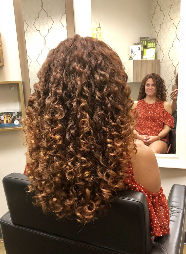 Fall Curls П��🤩🍂 Curly Hair Styles Medium Hair Styles