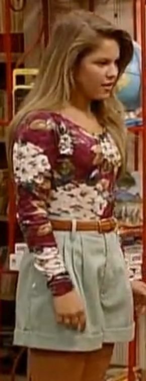 Full house dj got it right awesome outfit style for Beauty full house