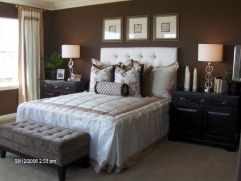 Bedroom dark brown walls & crisp white bedding Bedroom