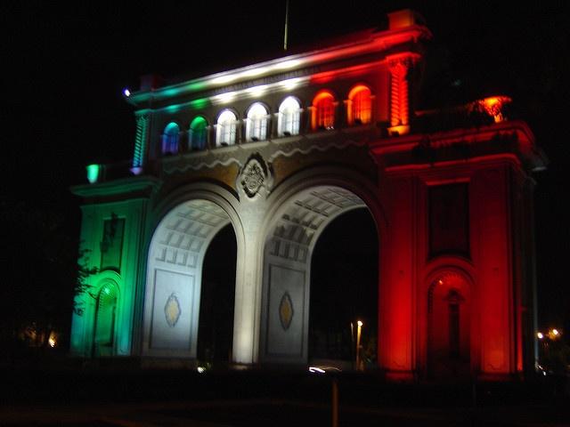 Los Arcos de noche by Robert ;)