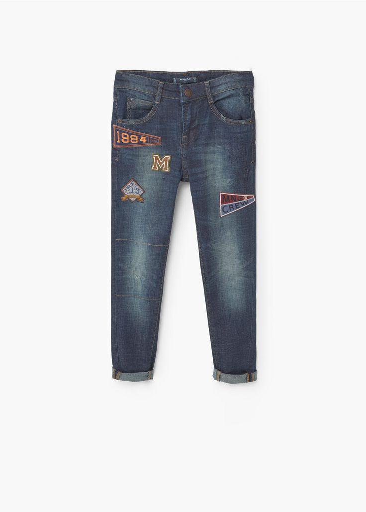 Geborduurde jeans met patches -  Kinderen | MANGO Kids Nederland